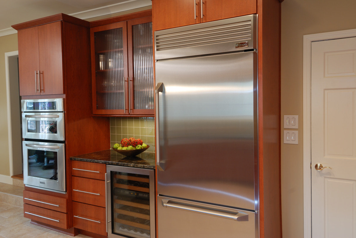Kitchen Cabinet Construction Features